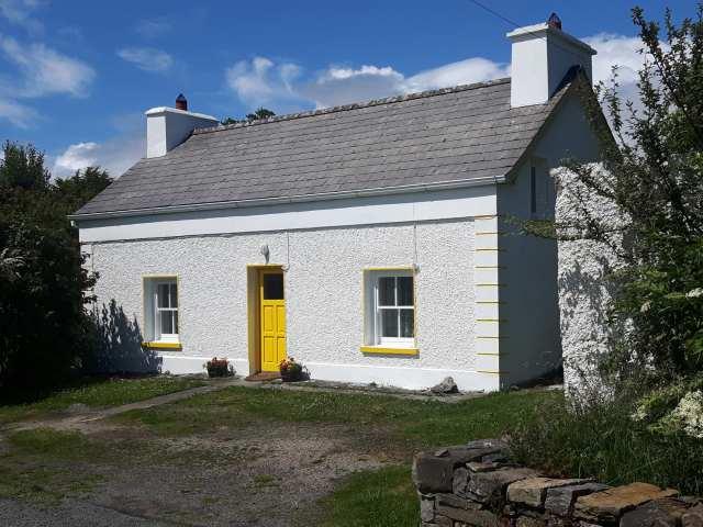 Fuschia Cottage - 999895 - photo 1